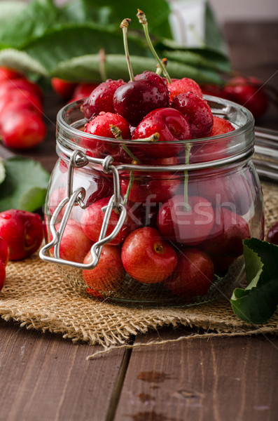 Cerezas naturales bio calidad manos Foto stock © Peteer