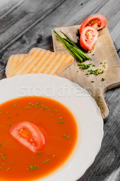 Sopa de tomate brindis madera placa alimentos hoja Foto stock © Peteer