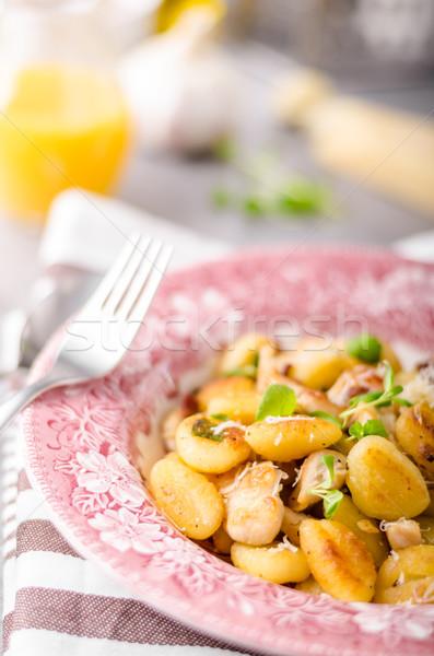 Pollo aglio erbe olio d'oliva parmigiano Foto d'archivio © Peteer
