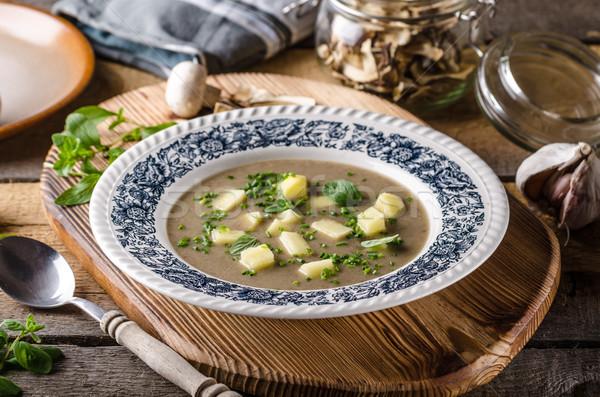 Stok fotoğraf: Patates · mantar · sarımsak · çorba · otlar · içinde