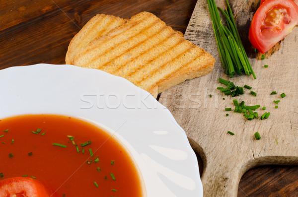 Paradicsomleves pirítós fa tányér étel levél Stock fotó © Peteer