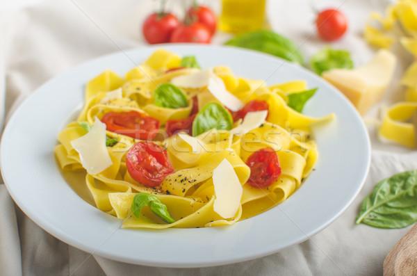 タリアテーレ イタリア語 色 トマト バジル ストックフォト © Peteer