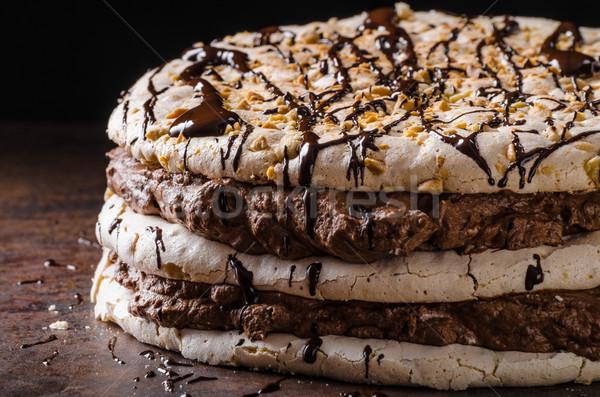 Chocolate bolo delicioso ovo nozes comida Foto stock © Peteer