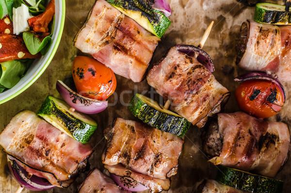 Grillezett marhahús szalonna hagyma fokhagyma menta Stock fotó © Peteer