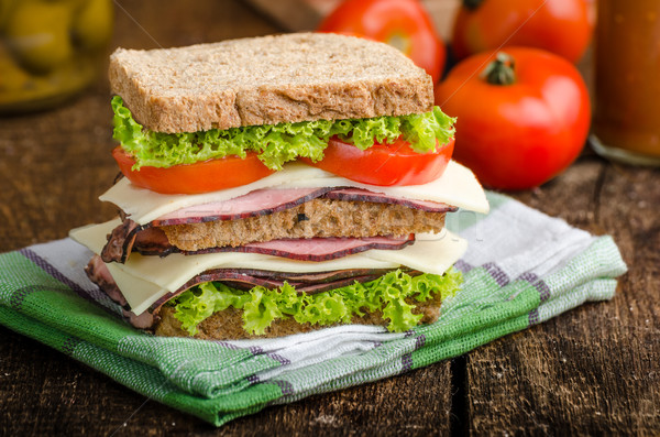 Stock fotó: Füstölt · hús · szendvics · friss · sajt · saláta