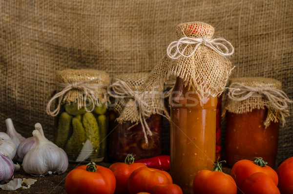 Caseiro ketchup bio tomates jardim pequeno Foto stock © Peteer