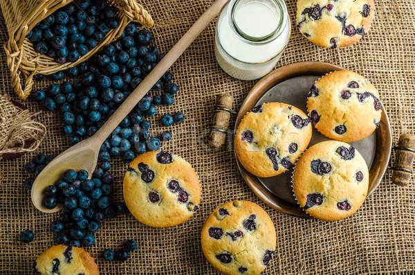 áfonya muffinok tej lekvár kosár tele Stock fotó © Peteer