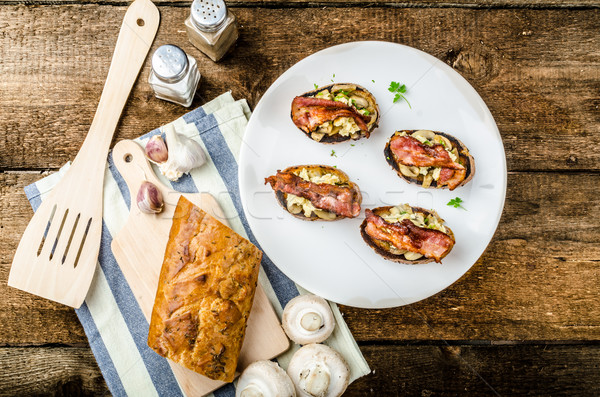 Stok fotoğraf: Rustik · kahvaltı · ekmek · tost · mantar · yumurta