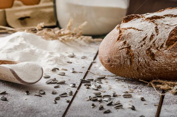 Rustique pain savoureux croustillant maison alimentaire Photo stock © Peteer
