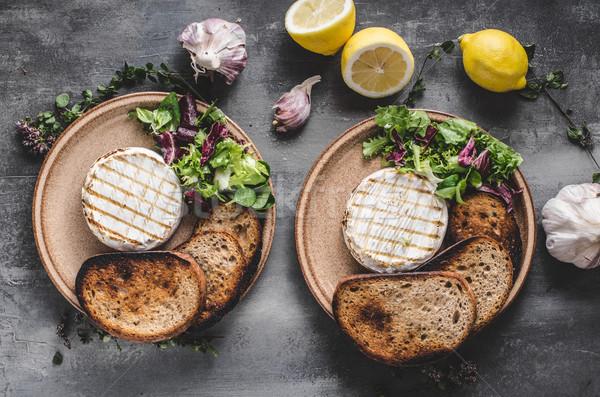 ızgara camambert peynir mini salata Stok fotoğraf © Peteer