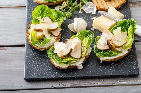 Salade panini Toast poulet maison césar Photo stock © Peteer