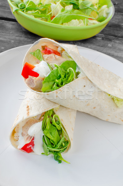 Tortilla tavuk tavuk salatası gıda ahşap Stok fotoğraf © Peteer