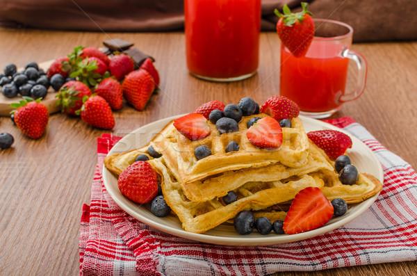 Stock fotó: áfonya · eprek · fedett · csokoládé · ház · étel
