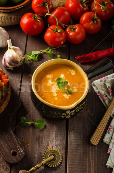 Cremoso sopa de tomate alho tomates folha Foto stock © Peteer