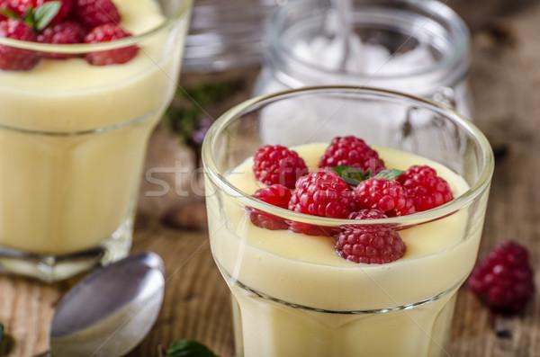 Jagody pudding świeże domowej roboty żywności czekolady Zdjęcia stock © Peteer
