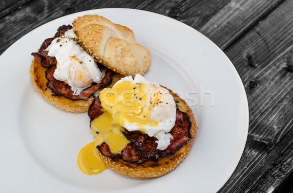 Ovos bacon molho torrado limpar Foto stock © Peteer