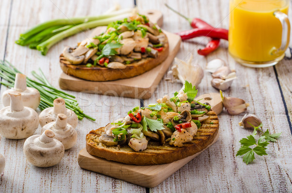 Toast champignons vers kruiden weinig Stockfoto © Peteer