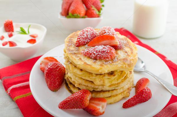 ふわっとした パンケーキ イチゴ 砂糖 健康 ミルク ストックフォト © Peteer