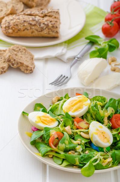 Foto stock: Alface · salada · ovos · nozes · girassol · abóbora