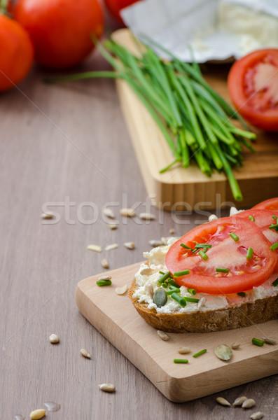 Egészséges reggeli házi készítésű sör kenyér sajt Stock fotó © Peteer