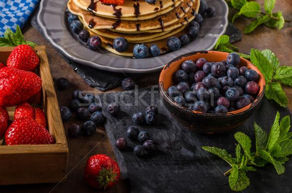 ストックフォト: アメリカン · パンケーキ · 液果類 · チョコレート · イチゴ · ブルーベリー