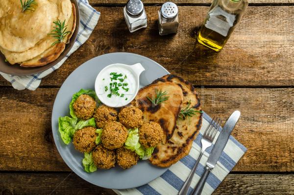 Zdrowia chrupki mięty czosnku chleba Zdjęcia stock © Peteer