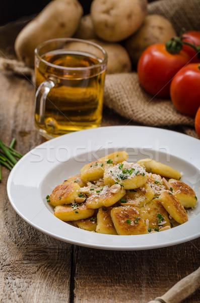 Fatto in casa patate dadi parmigiano fresche Foto d'archivio © Peteer