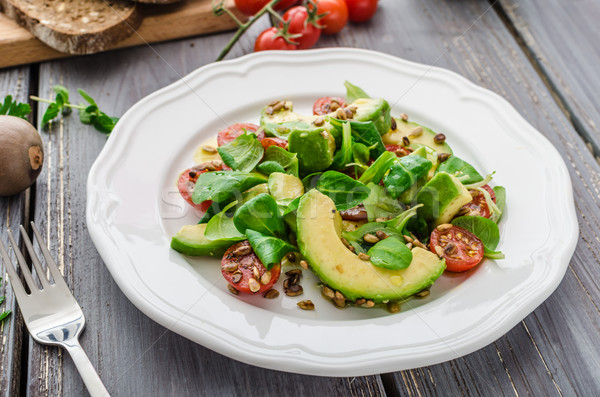 Салат лет авокадо томатный арахис ягненка Сток-фото © Peteer