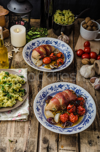 Prosciutto poulet beurre farce tomates cerises Photo stock © Peteer