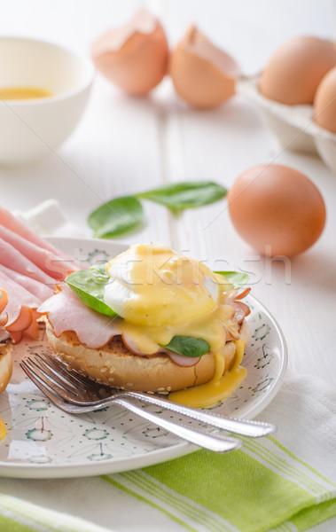 яйцо ветчиной шпинат продовольствие фон таблице Сток-фото © Peteer