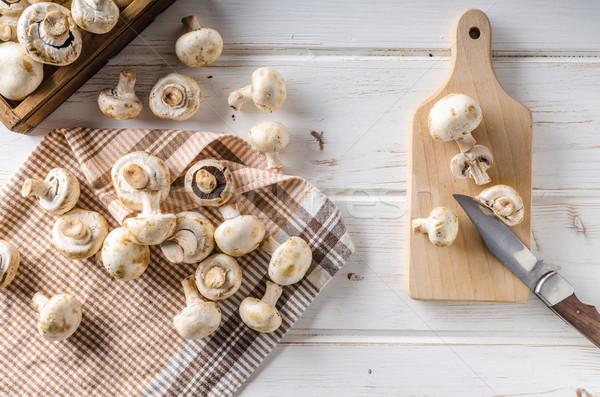 Friss gombák takarítás vág fehér fa asztal Stock fotó © Peteer
