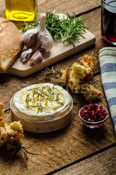 Camembert ajo romero brindis frescos Foto stock © Peteer