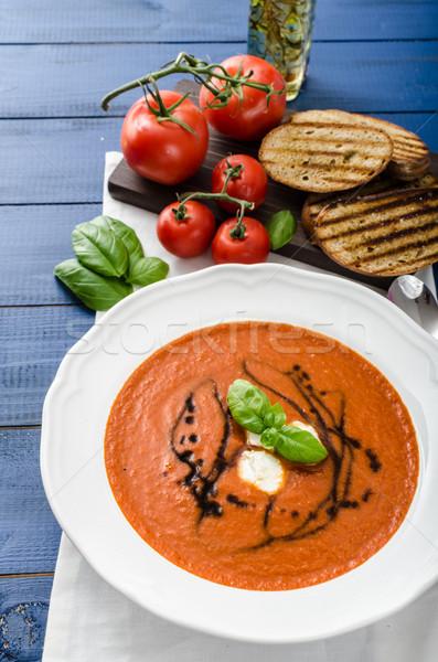 Zupa pomidorowa mozzarella bazylia bruschetta zdrowia Zdjęcia stock © Peteer