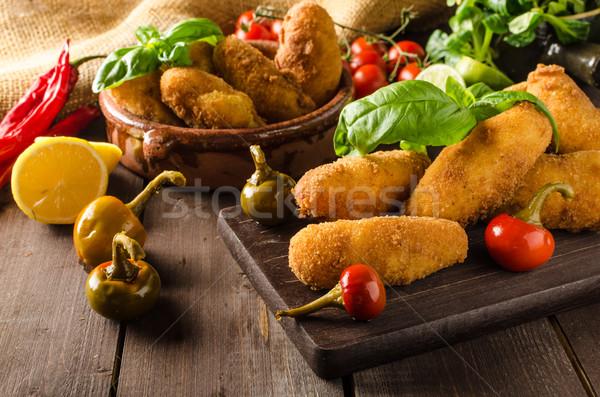 Házi készítésű krumpli sajt chilli egyszerű étel Stock fotó © Peteer