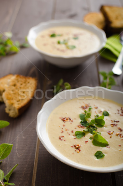 Zdjęcia stock: Kremowy · cukinia · zupa · chili · oregano