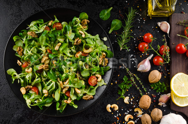 Laitue salade moutarde pansement alimentaire table Photo stock © Peteer