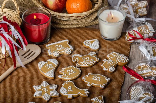 Pão de especiarias advento calendário caseiro amor comida Foto stock © Peteer