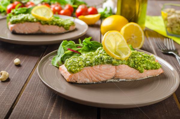 Párolt lazac pesztó sült friss saláta Stock fotó © Peteer
