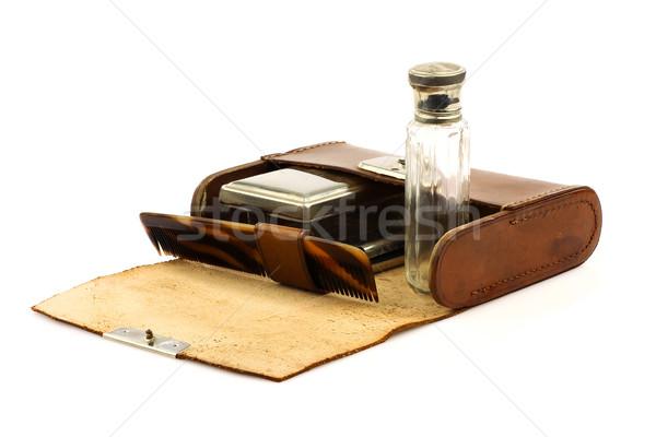 Oude leder uitrusting witte tools fles Stockfoto © peter_zijlstra
