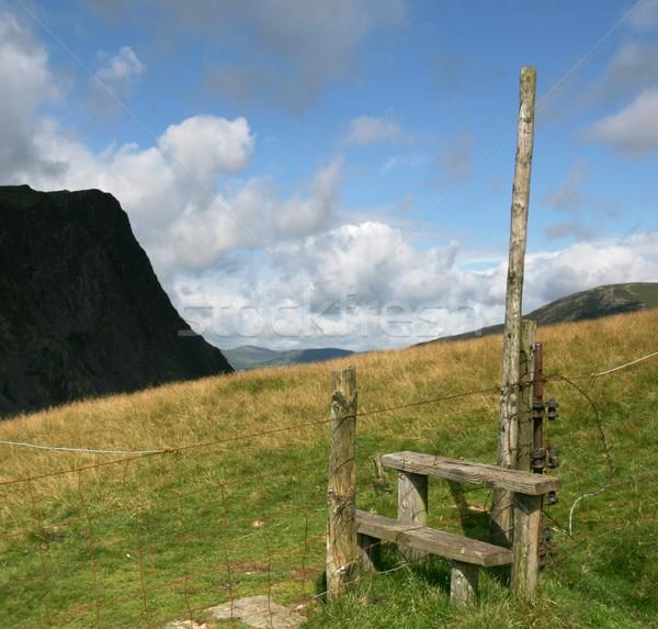線 フェンス 英語 湖水地方 雲 徒歩 ストックフォト © peterguess