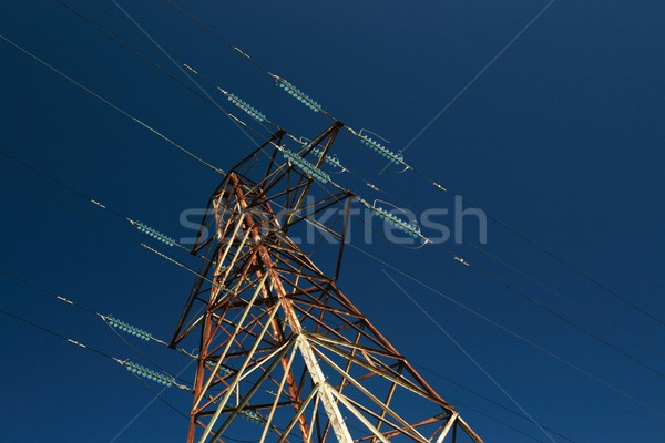 électricité tour profonde ciel bleu bleu Photo stock © peterguess