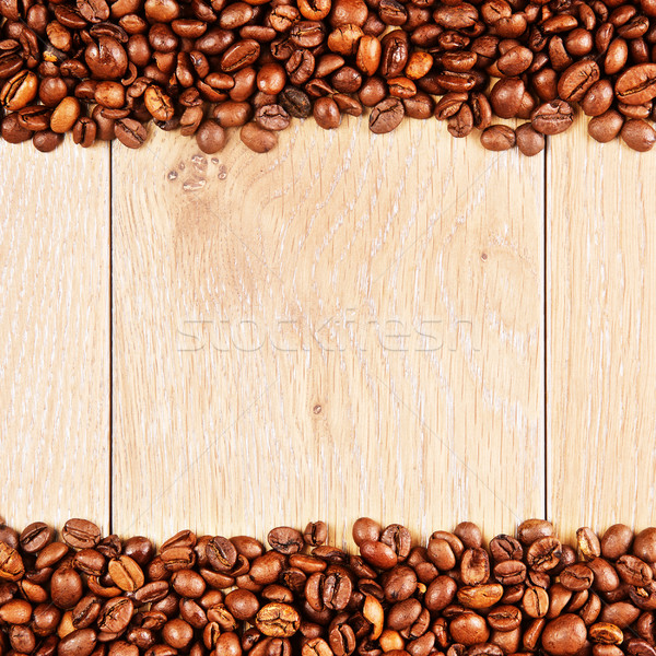 Granos de café mesa de madera cocina mesa escritorio Foto stock © PetrMalyshev