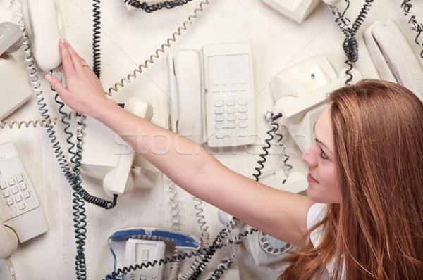 ストックフォト: 女性 · 触れる · ヴィンテージ · 電話 · 壁 · 髪