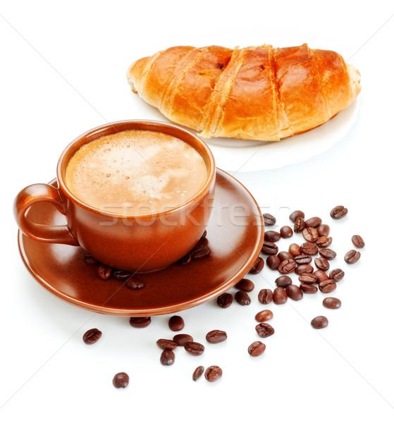 чашку кофе свежие круассан изолированный белый фон Сток-фото © PetrMalyshev