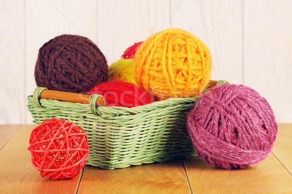 Diferente hilados cesta colorido Foto stock © PetrMalyshev