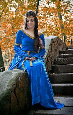 Medieval princesa pedra jardim belo outono Foto stock © PetrMalyshev