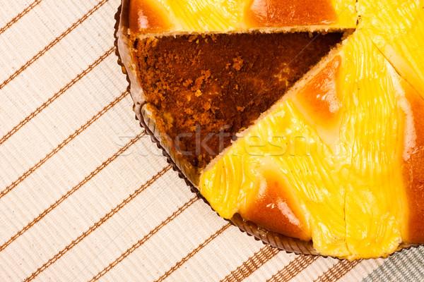 Tarte rayé nappe haut vue alimentaire Photo stock © PetrMalyshev