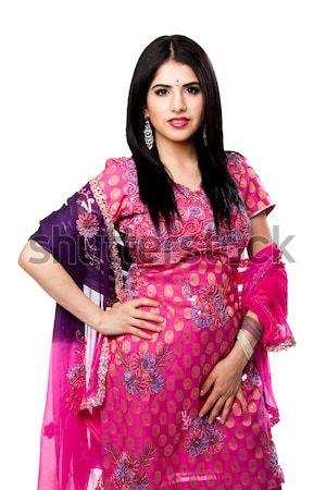 Belle indian femme coloré robe permanent Photo stock © phakimata
