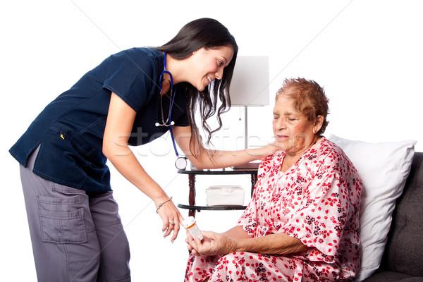 Starszy recepta lek nauczania pielęgniarki Zdjęcia stock © phakimata