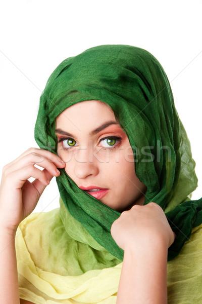 Cara ojos verdes bufanda retrato tímido misterioso Foto stock © phakimata
